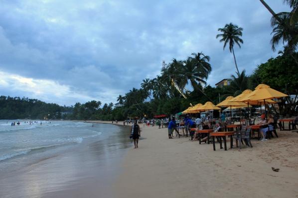 Mirissa beach cafes